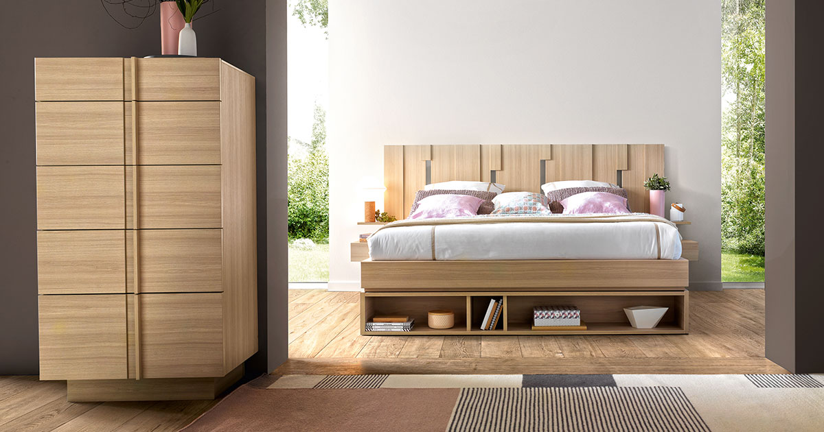 KILCRONEY_FURNITURE_BEDROOM_Symphonie_Oak-Double-Bed-with-Tallboy