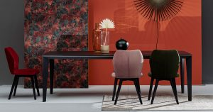 KILCRONEY_FURNITURE_DINING_Setis-Smart-Table-in-Black-Onyx-finish