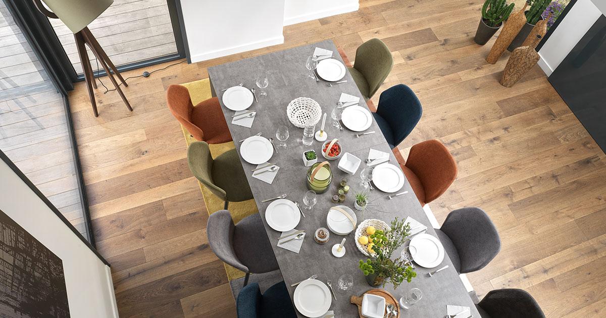 KILCRONEY_FURNITURE_DINING_Setis-Smart-table-sits-12
