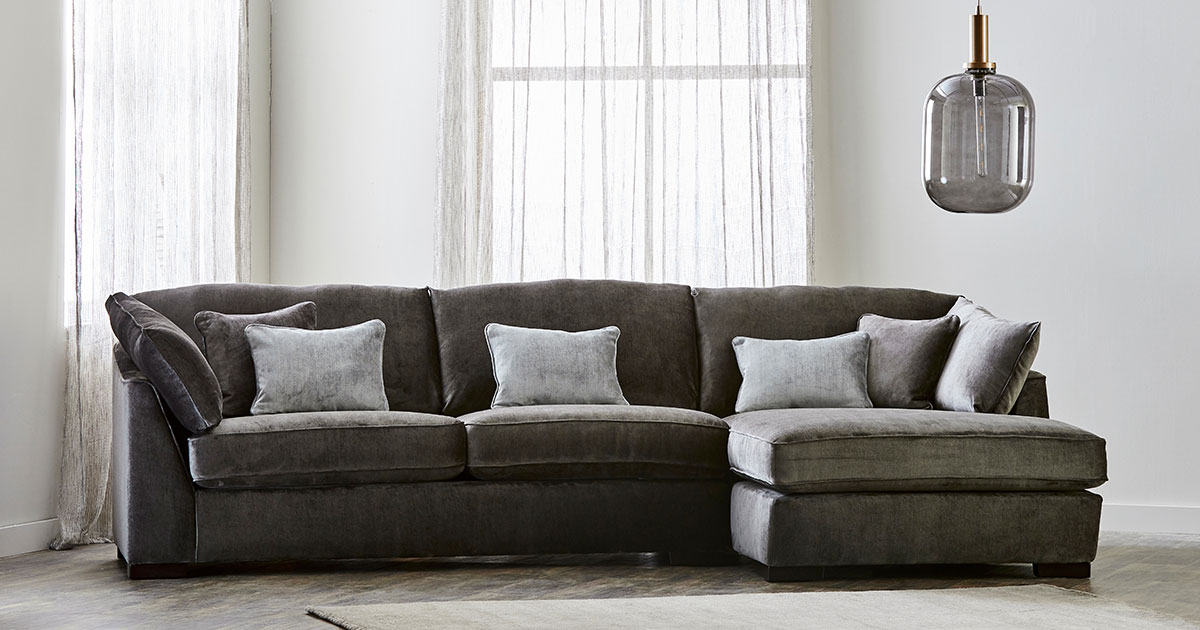 KILCRONEY_FURNITURE_SOFAS_HALLEY-Fabric-3-Seater-Chaise-Lounger