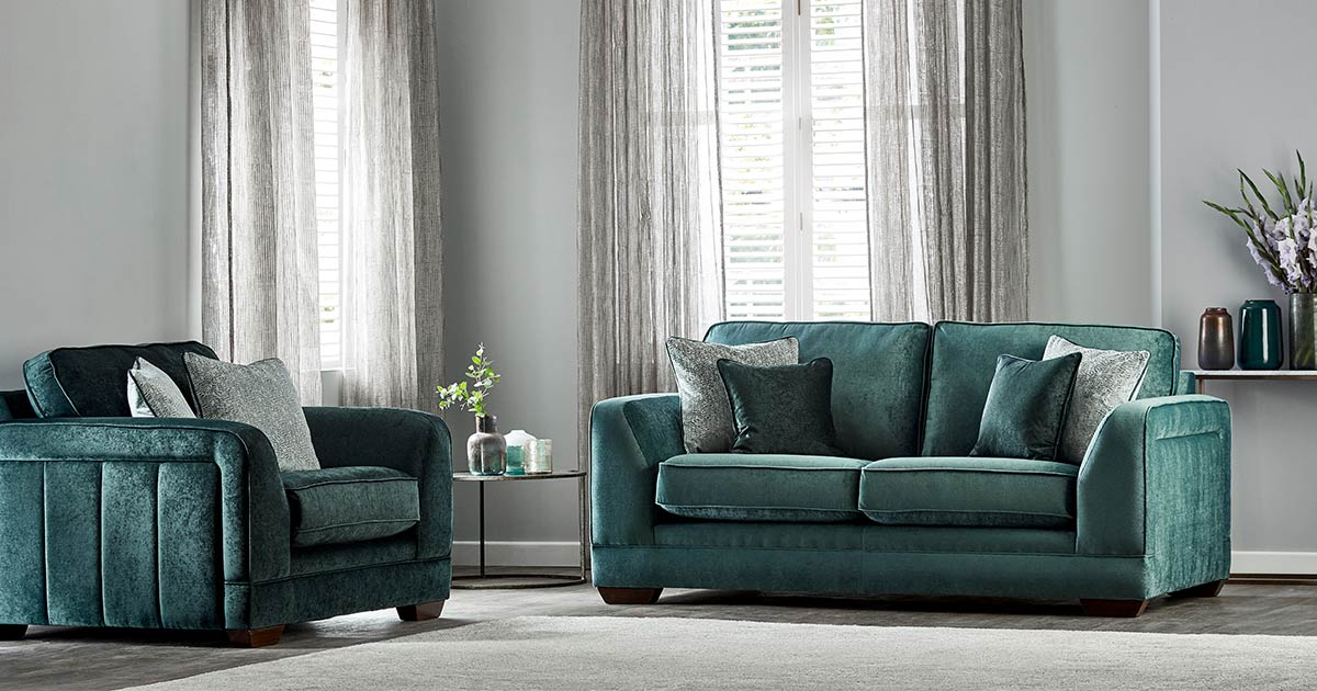 KILCRONEY_FURNITURE_SOFAS_HILLIER-2-Seater-Sofa-with-Snuggler-Chair