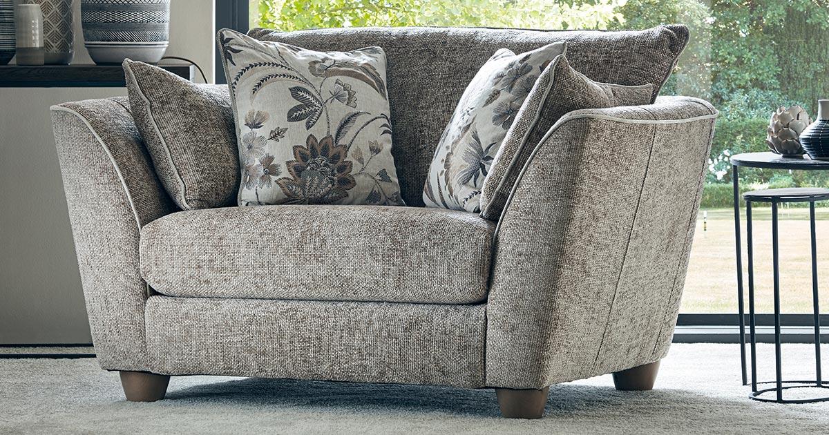 KILCRONEY_FURNITURE_SOFAS_Nido-Snuggler-Chair-Hopsack-Linen