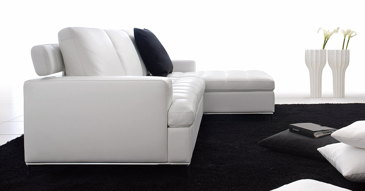 KILCRONEY_FURNITURE_SOFAS_Alexia-White-Leather-sofa-with-lounger